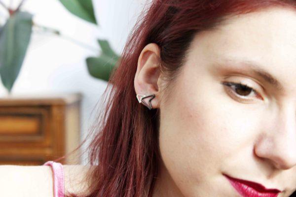 Small V Earrings