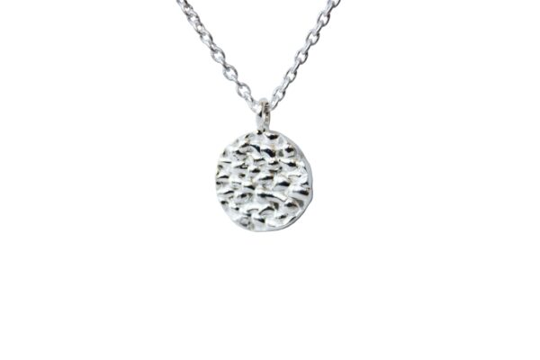 Flake necklace